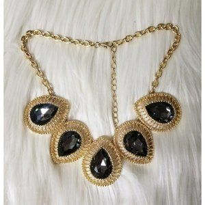 NWT Bold & Gold Party Necklace